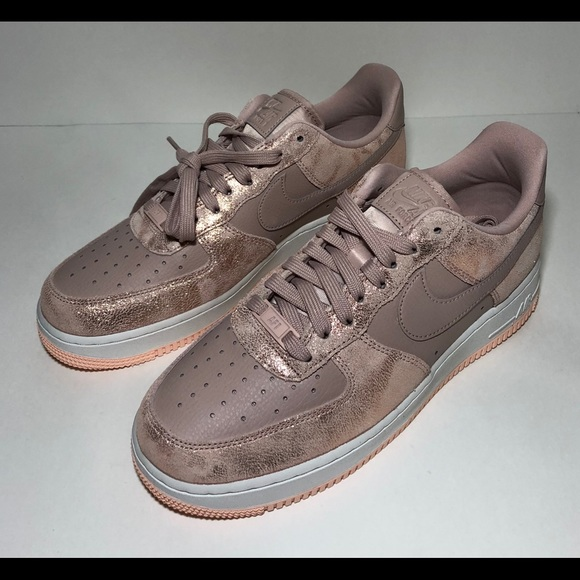 Neu NEW Nike Air Force 1 AF1 Low Pink Particle Beige NWT